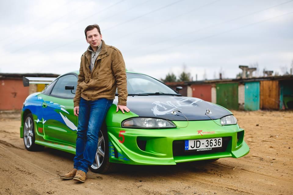 Павел Кривошеев и его машина