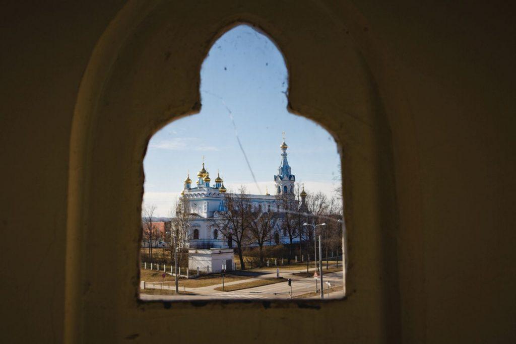 Лютеранская кирха в Даугавпилсе. Март 2019 года. Фото: Сергей Соколов
