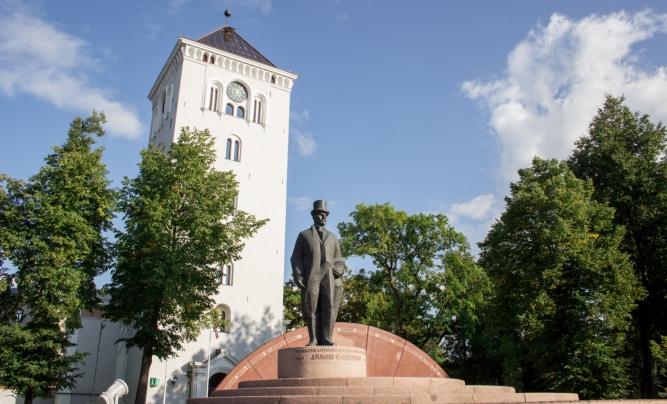 Башня Елгавской церкви Святой троицы. Фото latvia.travel