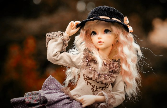 Кукла. Изображение Marielou Lolilop с сайта Pixabay