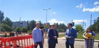 Министр сообщения Талис Линкайтс осмотрел новую ветку маршрута №3, ведущую к Даугавпилсской региональной больнице
