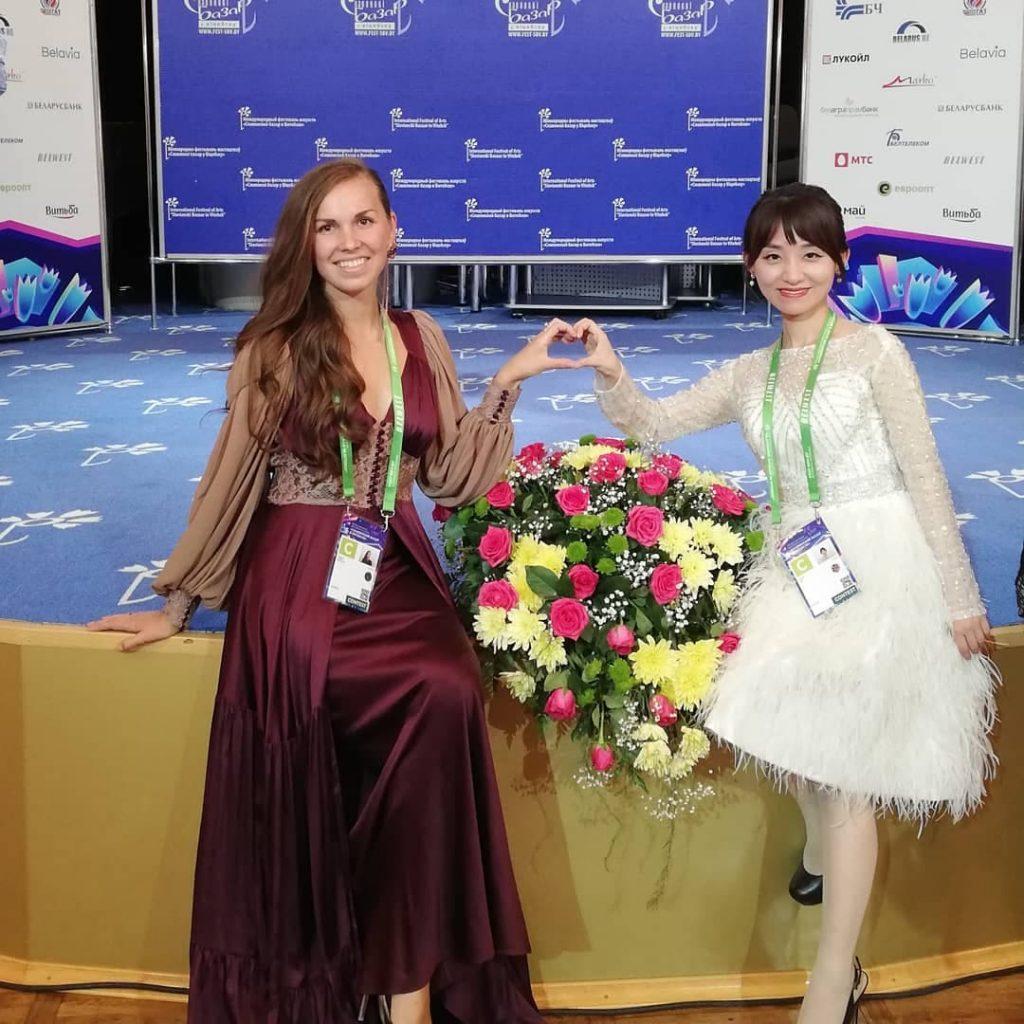 Лидия Бреска с Сыйин Ли (Китай)