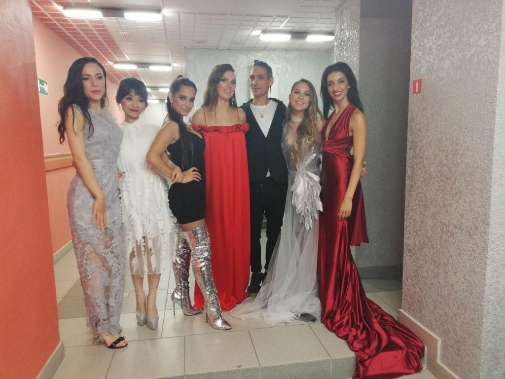 Лидия Бреска с участниками конкурса
