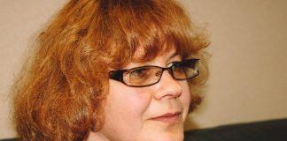 Сандра Озола, приёмная мама