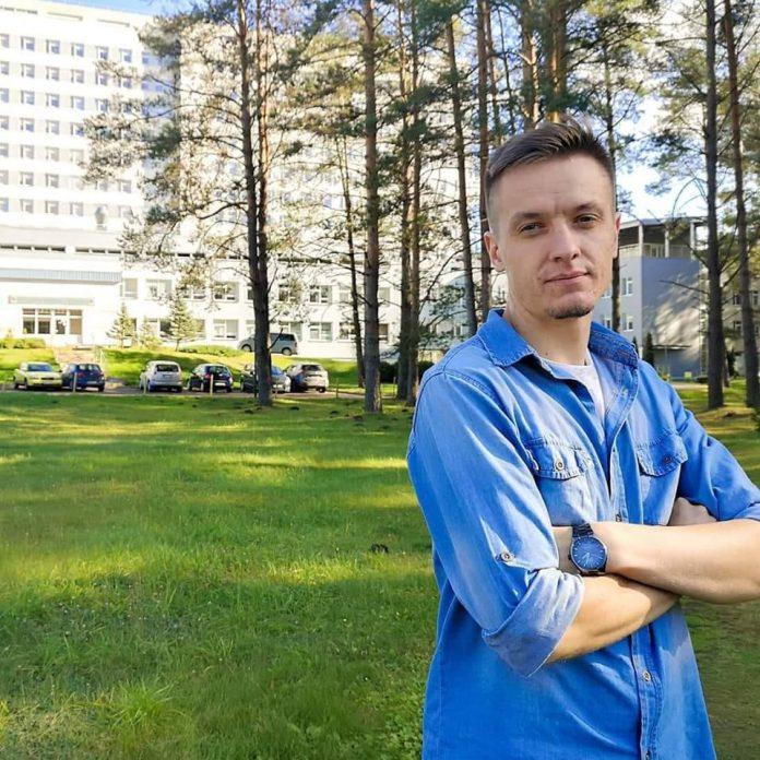 Руководитель Даугавпилсской региональной больницы Григорий Семёнов. Фото со страницы на фейсбуке