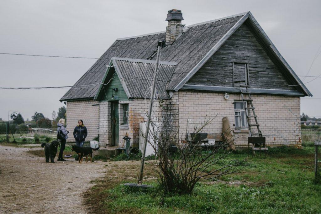Дом Юлии Устиновой в Малиновской волости. Фото: Евгений Ратков