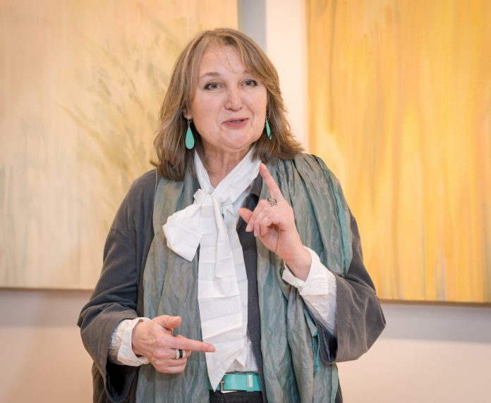 Наталия Мариноха на открытии персональной выставки