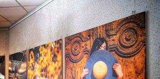 """Фотовыставка """"Латгальские зарисовки"""" в Даугавпилсе. 1 ноября 2019 года. Фото: Сергей Соколов"""