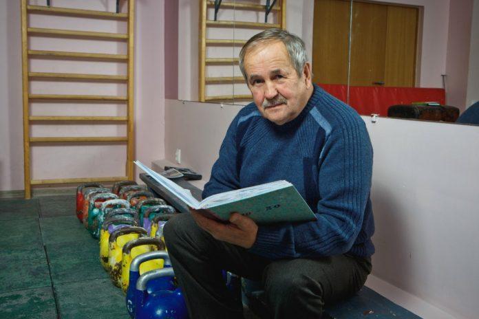 Иван Иванович Галяш, даугавпилсский тренер по гиревому спорту. Фото: Сергей Соколов