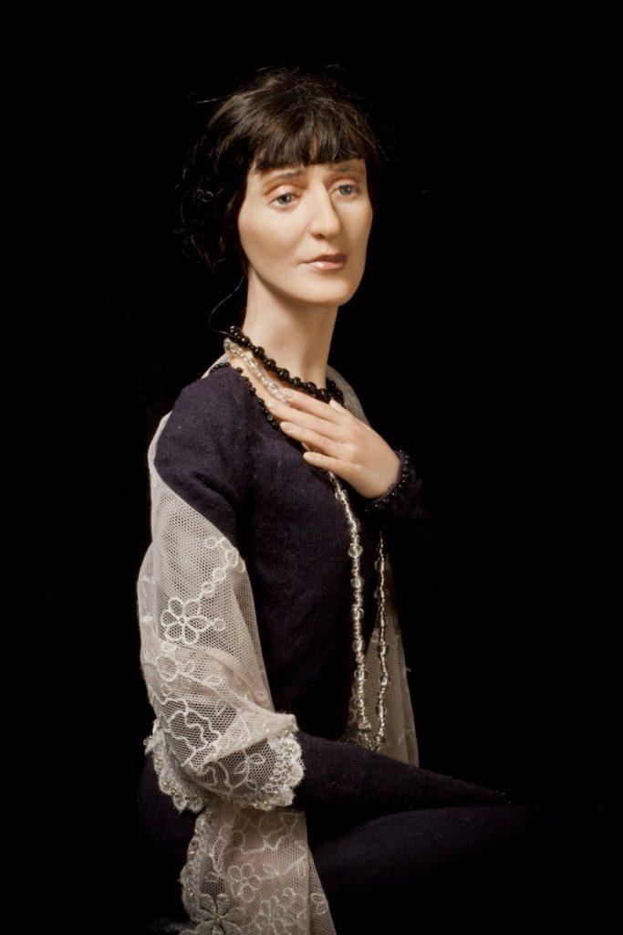 Анна Ахматова. Портретные куклы Виолетты Озун. Фото из личного архива