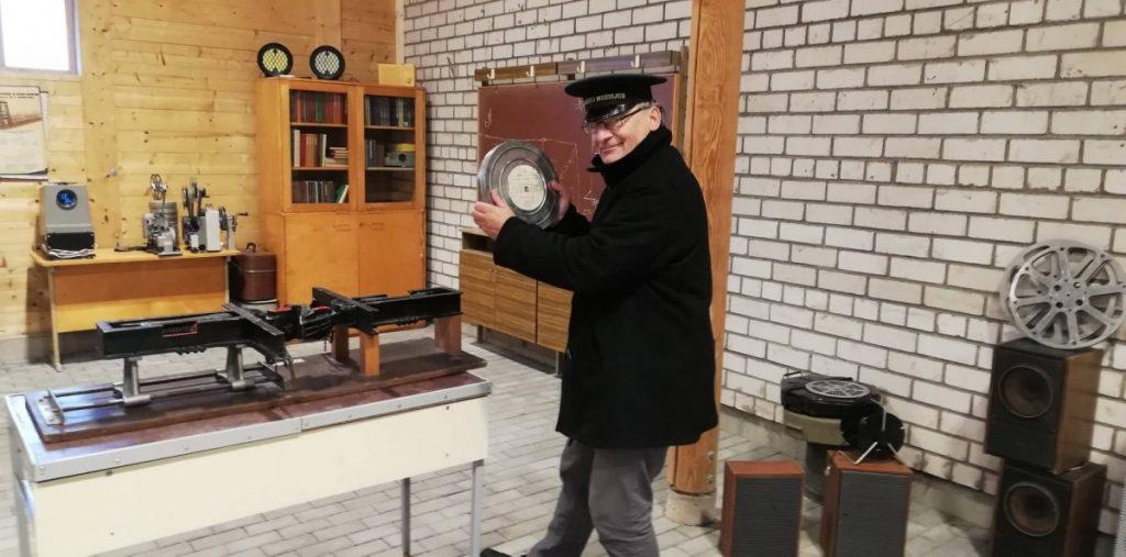 Раймондас Гуобис в музее узкоколейной железной дороги в Аникщяе