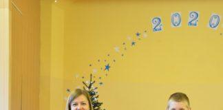 Победители конкурса рождественских открыток в Медумской спецшколе. Пресс-фото.