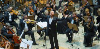 Владимир Спиваков и Национальный филармонический оркестр России. Пресс-фото