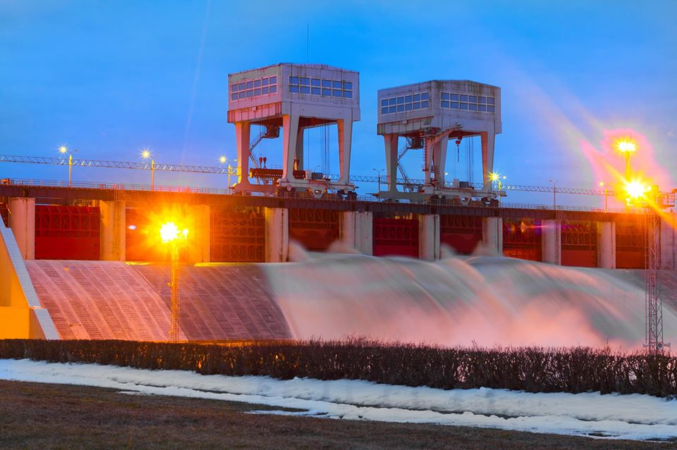 Плявиньская ГЭС. Фото: @aizkraukles novads