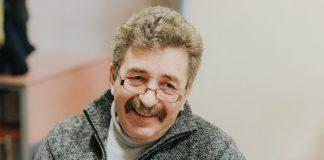Александр Пориетис. Владелец и преподаватель «A. Porieša autoskola» в Даугавпилсе. Фото: Ирина Маскаленко