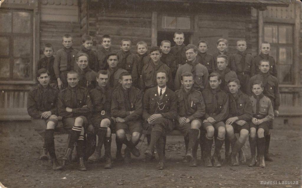 Латвийская организация скаутов (Крустпилское отделение, Екабпилс). 1930-ые годы. Фото: zudusilatvija.l
