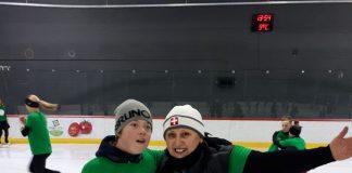 Тренер Ольга Нечаева со своими воспитанниками. Фото из личного архива