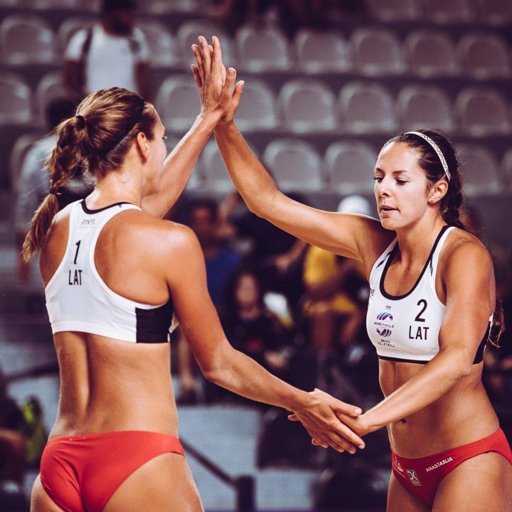 Анастасия Кравченок и Тина Граудиня. Фото из личного архива Анастасии