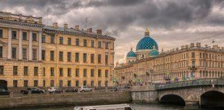 Санкт-Петербург, Фонтанка. 24 марта 2020 года. Фото Владимира Колесникова со страницы на фейсбуке Фото Петербург