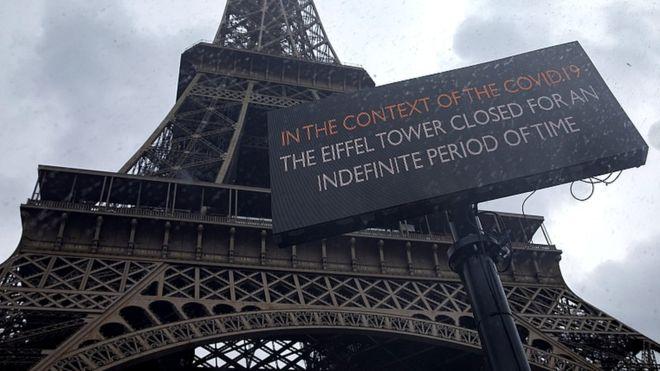 ''Эйфелева башня закрыта в связи с пандемией COVID-19 на неопределенное время''. Фото: EPA