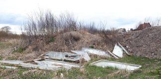Даугавпилс, берег Даугавы в Ругели. 18 апреля 2020 года. Фото: Инна Плавока