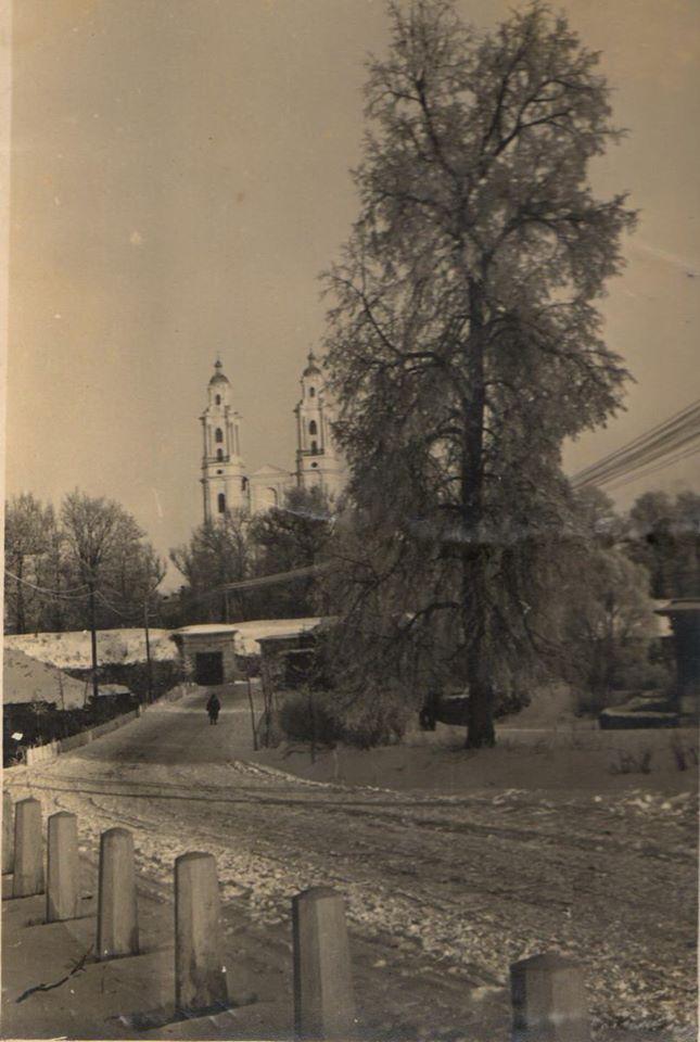 Крепостной собор, вид со стороны Михайловских ворот. 1938 год. Фото: Ретро Даугавпилс - Латвия