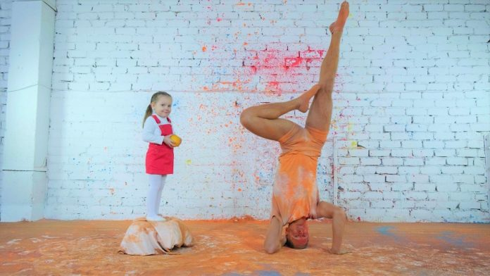 Арина и Егор Гордеев на съёмке клипа