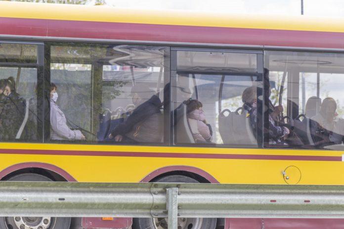 Общественный транспорт в Даугавпилсе. 19 мая 2020 года. Фото: Евгений Ратков