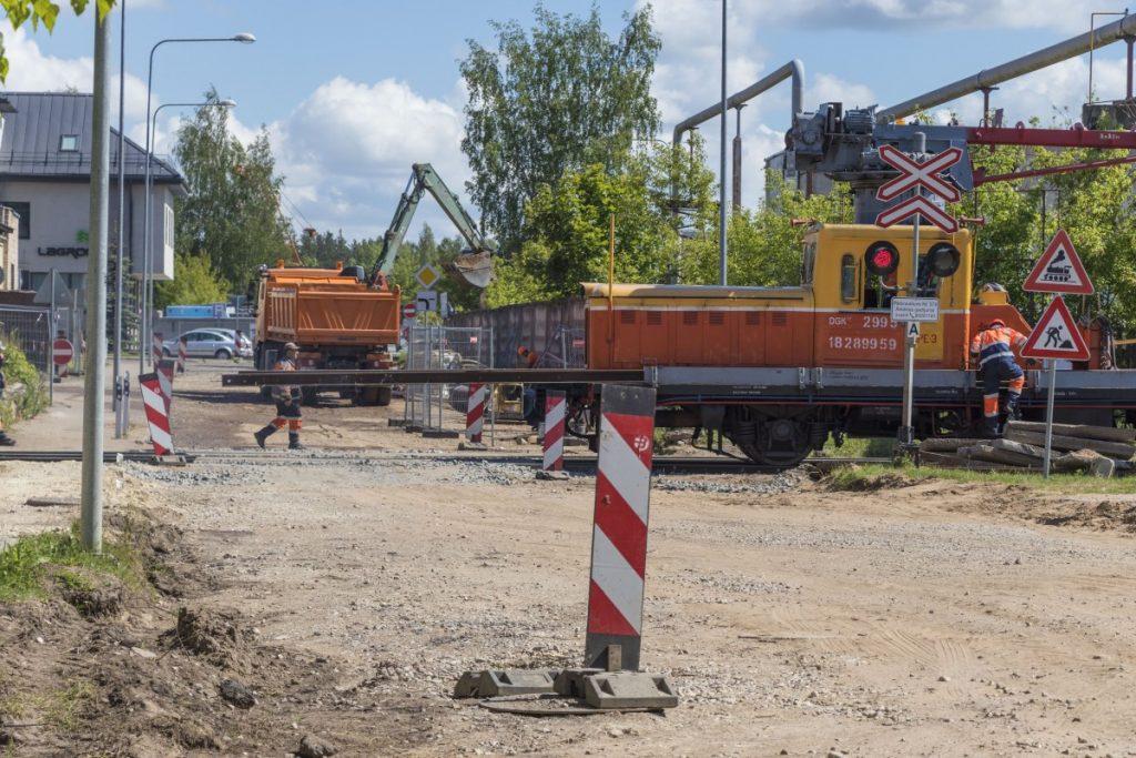 Ремонт на улице Стиклу в Даугавпилсе. 5 июня 2020 года. Фото: Евгений Ратков