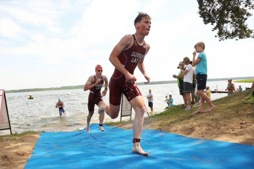 Чемпионат Латвии по триатлону. 20 июня 2020 года. Фото: Сергей Кузнецов