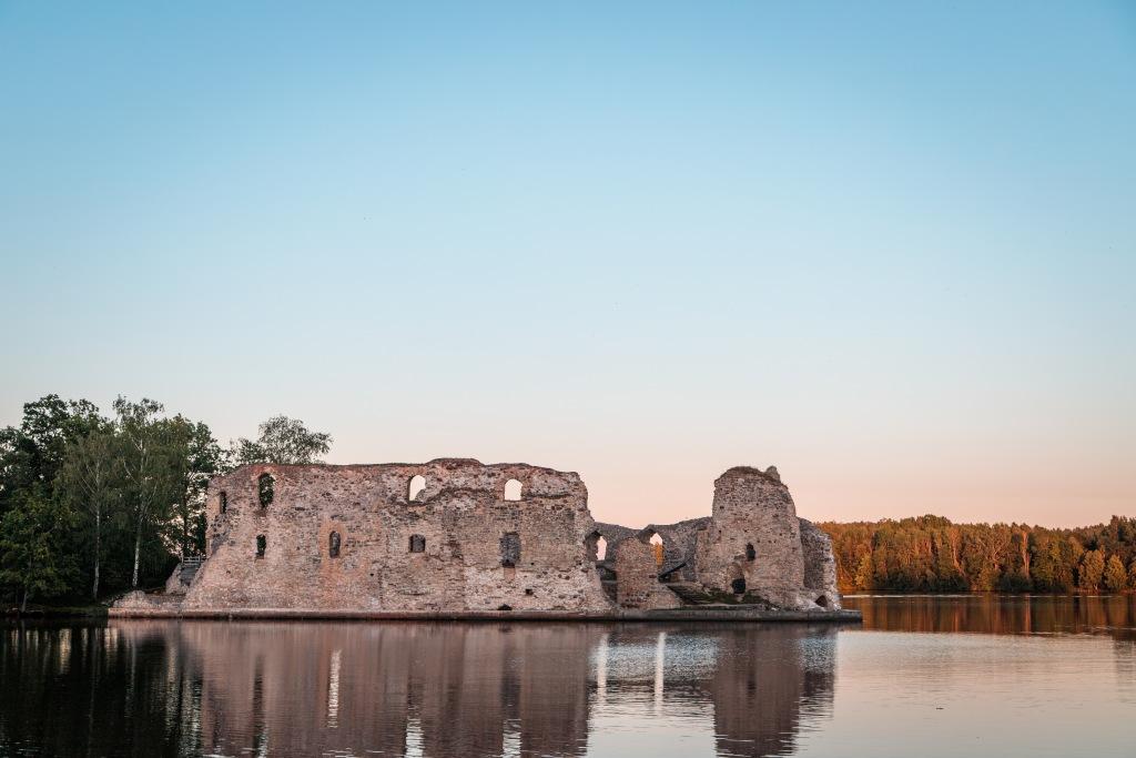 Развалины кокнесского замка. Фото: visitkoknese.lv