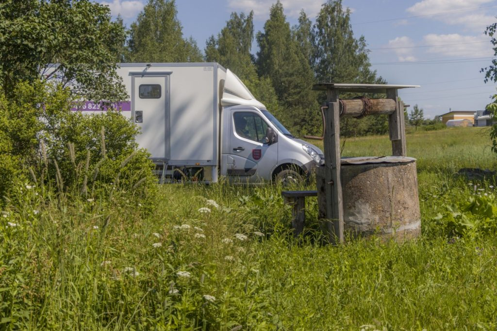 Бригада мобильной помощи Даугавпилсского края. 25 июня 2020 года. Фото: Евгений Ратков