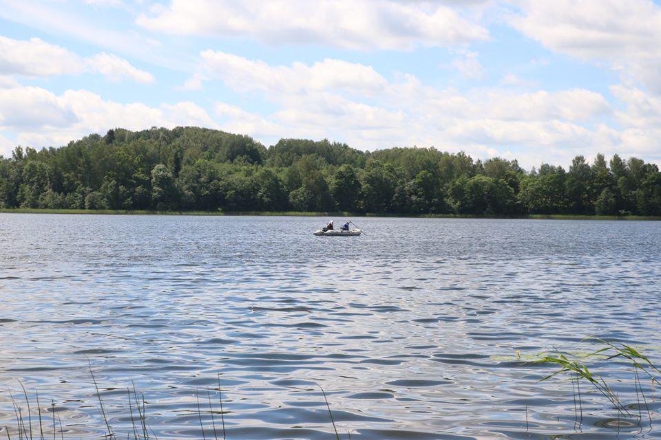 Озеро Царманя в Краславском крае. Место, где был найден труп Антона Нежбертса. Фото из архива Bezvests.lv
