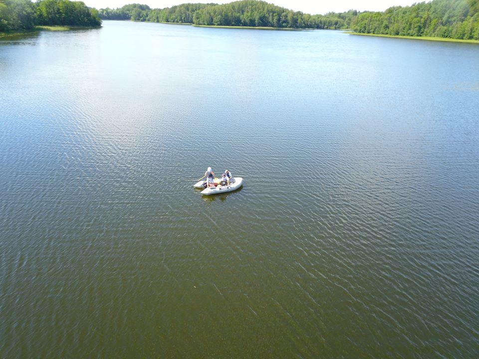 Озеро Царманя в Краславском крае. В июле 2018 года здесь утонул Анатолий Нежбертс. Фото из архива Bezvests.lv