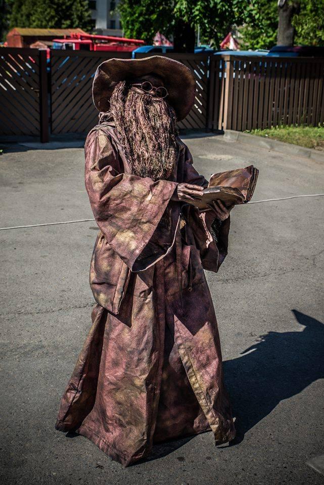 Живая статуя Ванда Гибовска. Фото из личного архива