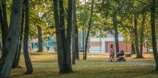 Парк Айзпилсетас в Даугавпилсе. 30 сентября 2020 года. Фото: Евгений Ратков