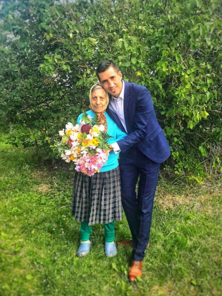 Сергей Галавецкий с мамой. Фото из личного архива