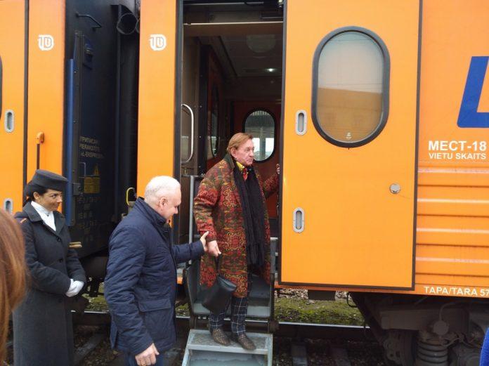 Роман Виктюк в свой последний приезд в Ригу, март 2017 года. Фото: Андрей Шаврей