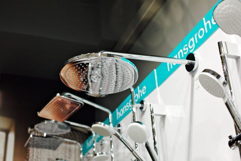Смесители Hansgrohe в магазине сантехники Komforts