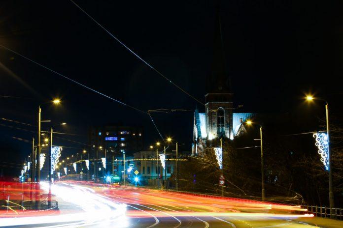 Улица 18 Ноября в Даугавпилсе. Декабрь 2020 года. Фото: Сергей Кузнецов