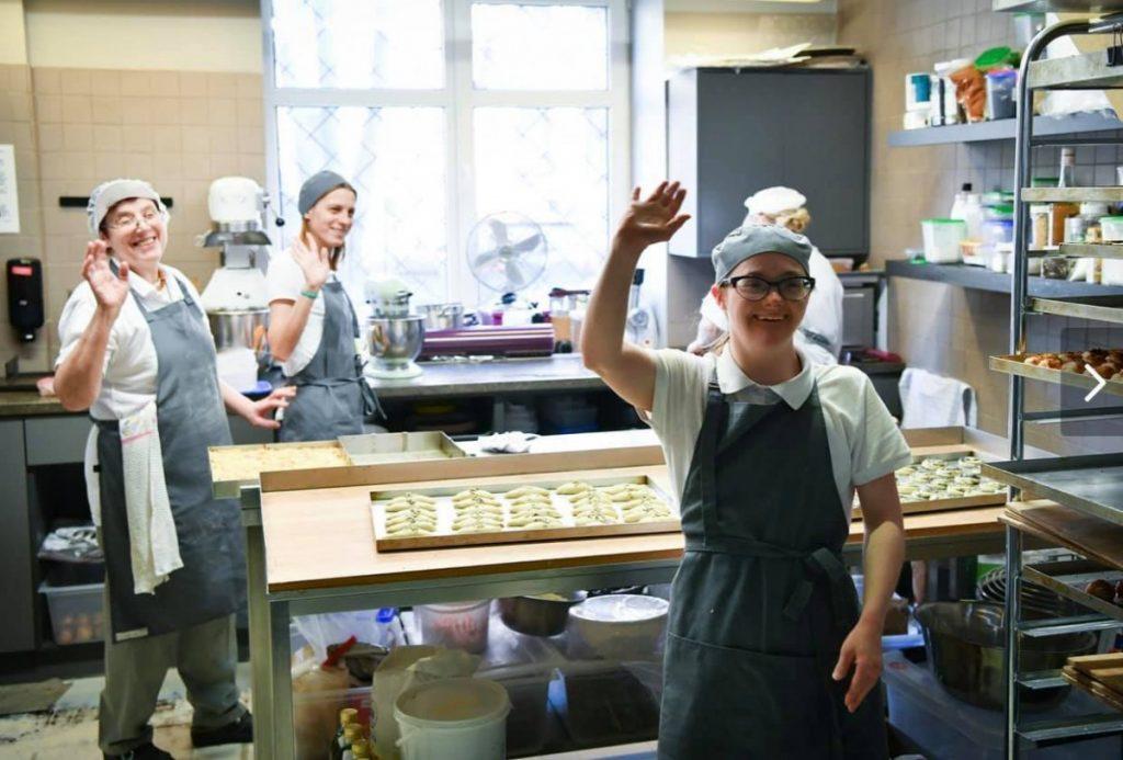 Работники RB Cafe. Фото: svaigi.lv