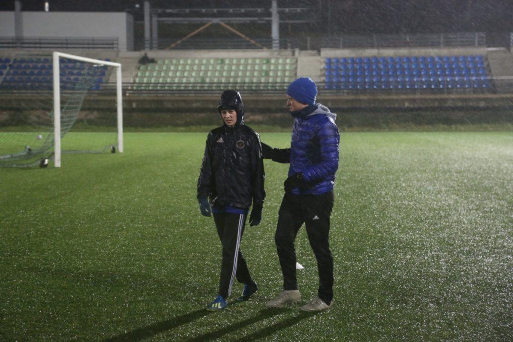 Тренировка женской футбольной команды в Резекне. Фото: R Media