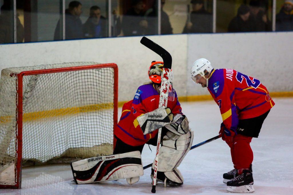 Женский хоккей в Даугавпилсе. Фото: Сергей Кузнецов