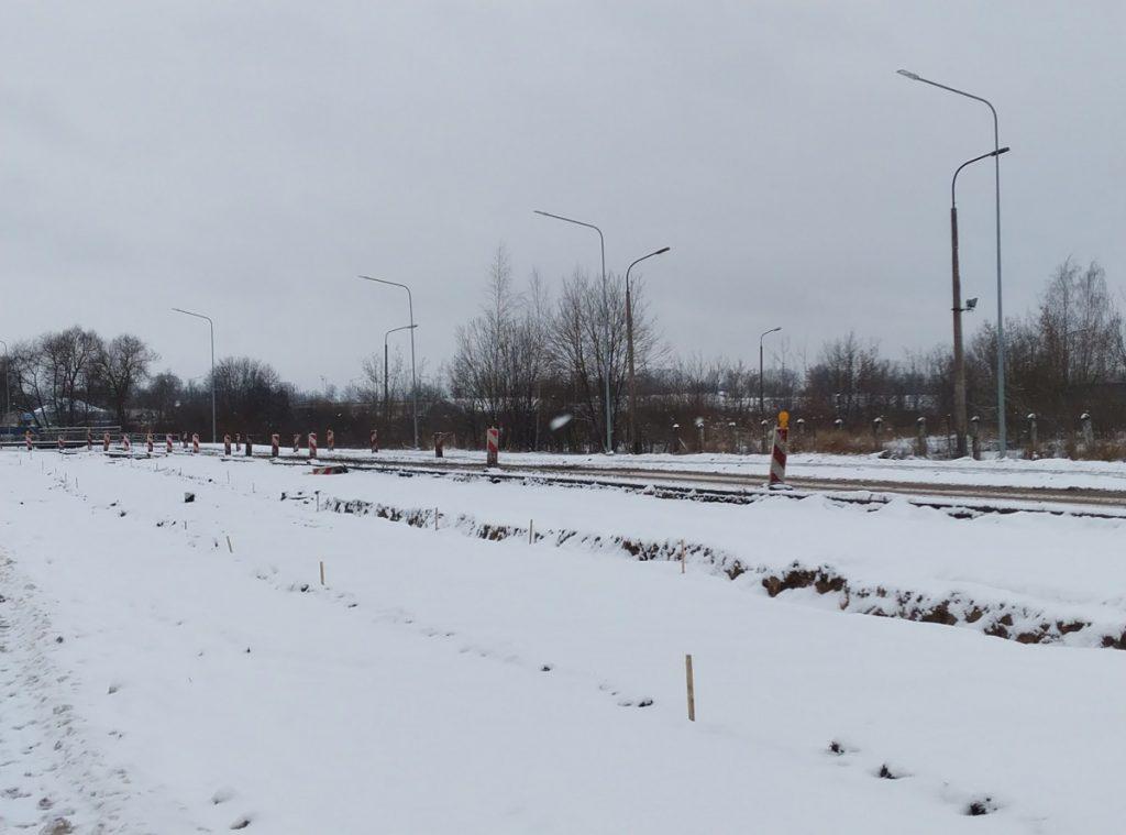 Участок от ул. Карклу до ул. Балву регулируется светофором. 9 января 2021 года. Фото: Елена Иванцова