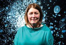 Британская фотохудожница Мэнди Баркер. Фото: Derryn Vranch