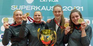 Терезе Храпане (третья слева). Фото из личного архива спортсменки