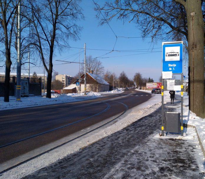 Новая трамвайная ветка будет начинаться от кольца 1-го маршрута. Фото: Елена Иванцова