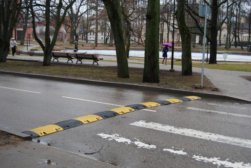 Пешеходный переход в центре Даугавпилса. Фото: Елена Иванцова