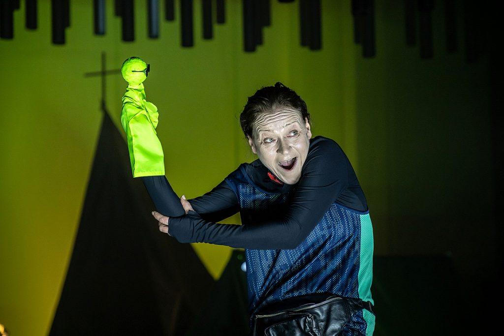 "Инесе Кучинска в роли Ричарда III в спектакле ""Шекспир"". Фото: Юстина Гринберга"