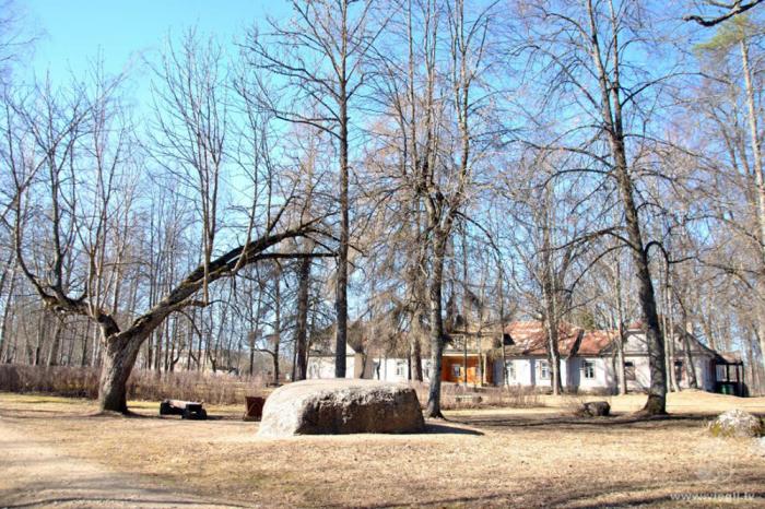Салнавское поместье и парк. Фото: latgaletravel.lv